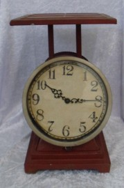 Vintage looking Retro Scale Clock